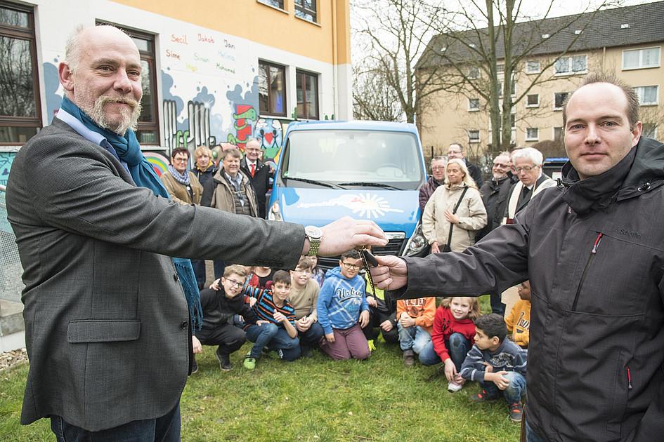 """neuer """"bulli"""" für den jugendhof vogelheim"""