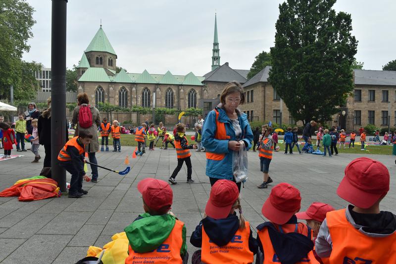 """Kinder demonstrierten ganz praktisch für ihr """"Recht auf"""